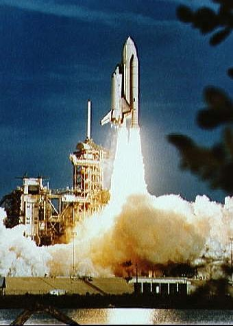 space shuttle columbia launch 1981 - photo #20