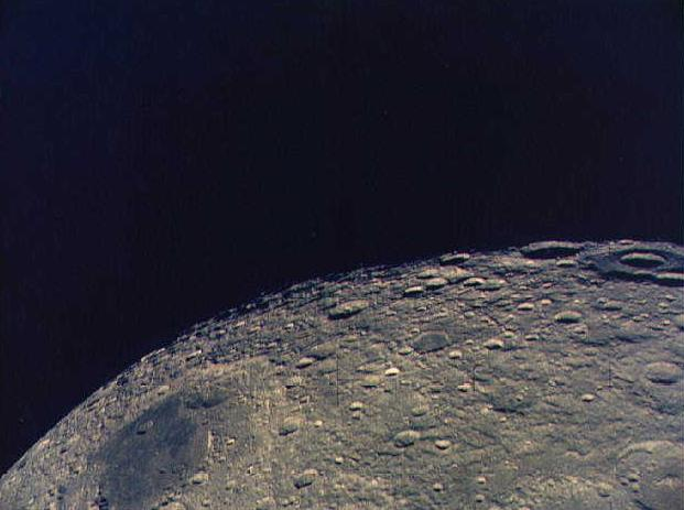 apollo 13 around moon - photo #13