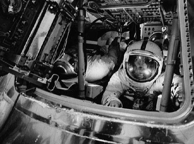 apollo 16 deep space eva - photo #12
