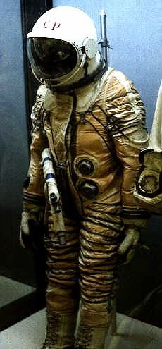 Yastreb space suit